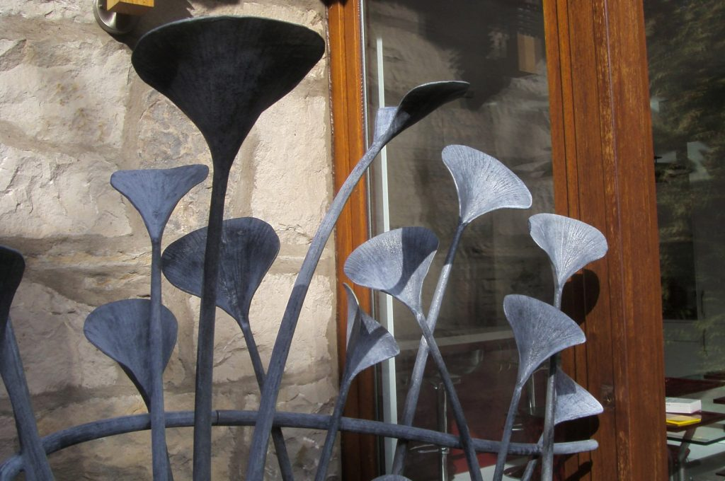 Sculptural plant railing