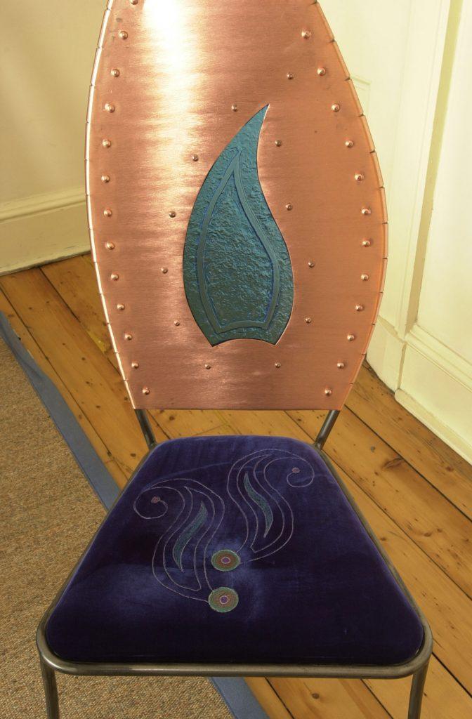 Carnival carver seat pad detail