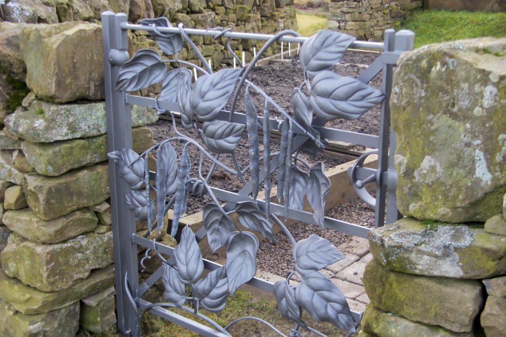 Runner bean gate