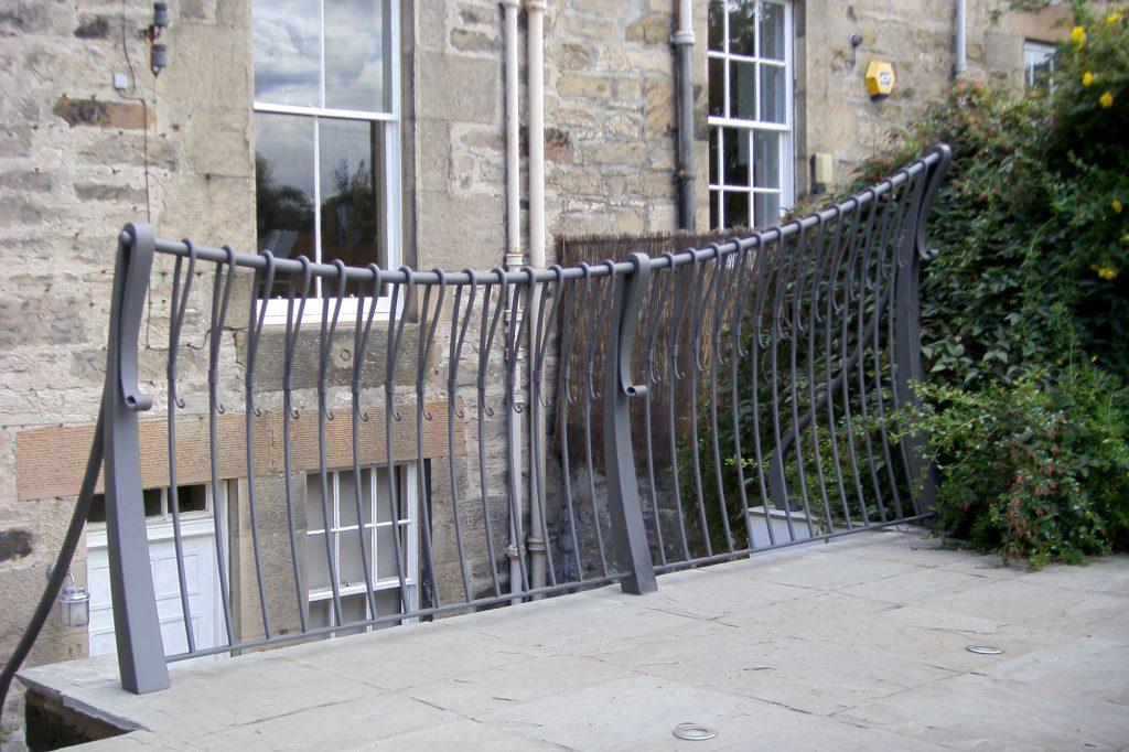 Semple railing